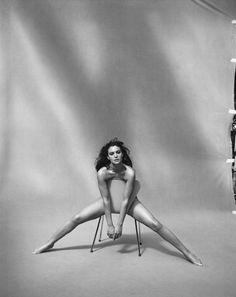 Monica Bellucci Paris, France,1999. par Peter Lindbergh