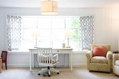 Best White Paint Colors For Home Staging - 2018 - Home with Keki Blue And White Living Room, White Wall Paint, Home Staging, Center Table Living Room, Paint Colors For Home, White Paint Colors, Asian Room, White Rooms, House Colors