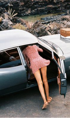 Luma Grothe, Funny Pictures Of Women, Car Pictures, Cameron Hammond, Faithfull The Brand, Car Girls, Vintage Girls, Fashion Pictures, Sexy Legs