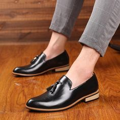 M-anxiu Luxury Brand PU Pointed Toe Business Brogue Shoes Men Dress Casual Soft Rubber Shoes Breathable Wedding Shoes 3 Colors Dress Shoes With Jeans, Leather Dress Shoes, Leather Slip Ons, Leather Men, Formal Shoes For Men, Rubber Shoes, Party Shoes, Brogues, Loafers Men