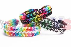 Reversible Flat Mid Stagger Bracelet - Rainbow Loom and Monster Tail Tutorial by justinstoys Rainbow Loom Tutorials, Rainbow Loom Patterns, Rainbow Loom Creations, Loom Band Bracelets, Rubber Band Bracelet, Rainbow Loom Charms, Rainbow Loom Bracelets, Loombands Tutorial, Monster Tail Loom