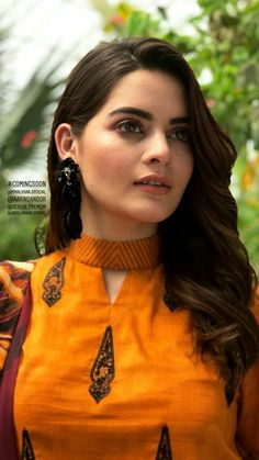 Stunning and Unique Sleeves Designs for Dresses - Kurti Blouse Churidhar Neck Designs, Salwar Neck Designs, Churidar Designs, Kurta Neck Design, Neck Designs For Suits, Sleeves Designs For Dresses, Neckline Designs, Kurta Designs Women, Blouse Neck Designs