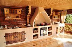 Летняя кухня из дерева