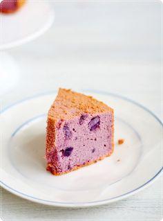 Purple sweet potato chiffon - i wonder whether it is purple sweet potato or actually taro?