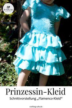 Elsa Kleid nähen - Eiskönigin Kostüm selber machen mit diesem wundervollen Schnittmuster für ein Kinderkleid! Dresses For Baby Girls, Elsa Dress, Flamenco Dresses, Skirt Sewing