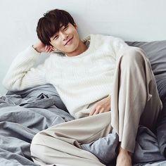 Your smile, so cute! Asian Actors, Korean Actors, Song Joon Ki, Park Seo Joon, W Two Worlds, Weightlifting Fairy Kim Bok Joo, Park Min Young, Look Man, Park Hyung Sik