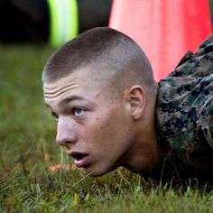 The 13 Original Styles of Military Haircut Regulations for Special Force Marine haircut aka jarhead Marine Haircut, Army Haircut, Fade Haircut, Haircut Men, Haircut Styles, Trendy Haircuts, Haircuts For Men, 2018 Haircuts, Jarhead Haircut