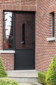 Exterior Doors, Facade, Garage Doors, New Homes, Loft, Outdoor Decor, Home Decor, Nice Houses, House