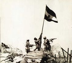 6 October 1973 , On this day Egyptian troops raised the Egyptian flag after breaching the Bar Lev line and crossing the Suez Canal. October War, June, Egyptian Flag, World Conflicts, Old Egypt, Yom Kippur, Visit Egypt, Cairo, Old Pictures