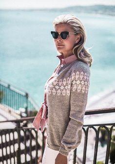 Bilderesultat for vendela genser jakke Dere, Fair Isle Knitting, Sports Illustrated, Scandinavian Style, Vest Jacket, Henna, Knit Crochet, Bell Sleeve Top, Men Sweater