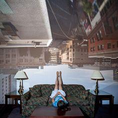 "Fotografia da série ""Camera Obscura: Outside In(n), de Darius Kuzmickas. #arte #artes #arts #art #fotografia #fotografo #foto #beleza #photography #photograph #phographer #photooftheday #arts #art #artlover #beautiful #artlover #design #architecturelover #architecture #arquitetura #instagood #instacool #instadaily #design #projetocompartilhar #davidguerra #arquiteturadavidguerra #shareproject #cameraobscura #cameraobscuraoutsidein #dariuskuzmickas #pinhole #pinholeroom"