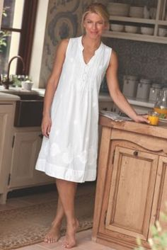 What a pretty nightgown for warm weather climates.  This nightgown combined with an Easy Rest Adjustable Bed would make for the perfect night's sleep.  Giselle Gown from Soft Surroundings
