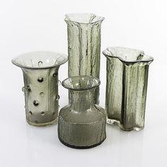 TIMO SARPANEVA - Glass vases from the Finlandia series: 3351, 3356, 3359, 3359. Iittala 1960s, Finland. [h. 17-30 cm] Glass Design, Design Art, Bude, Finland, Vases, Scandinavian, 1960s, Glass Vase, Candle Holders