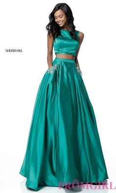 Sherri Hill 51673 Two Piece Beaded Satin Evening Gown Emerald Sparkly Bridesmaid Dress, Sparkly Prom Dresses, Sherri Hill Prom Dresses, Long Prom Gowns, A Line Prom Dresses, Junior Bridesmaid Dresses, Homecoming Dresses, Quinceanera Dresses, Formal Dresses