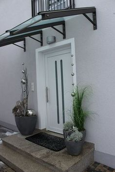 We were allowed to a very nice noble house near Munich with our . - We were allowed to make a very nice noble house near Munich with our decoration even more attractiv - Door Design, Exterior Design, House Design, Canopy Design, Home Projects, Sweet Home, New Homes, Home Decor, Canopies