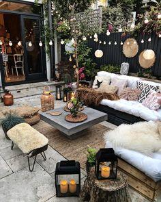 50 Ideas of Gorgeous, Modern Bohemian Furniture Outdoor Rooms, Outdoor Living, Outdoor Furniture Sets, Outdoor Decor, Affordable Furniture, Backyard Patio Designs, Patio Ideas, Backyard Ideas, Garden Design