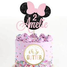 The cutest glittery Minnie Mouse cake topper complete with a NAME and AGE you require. Minnie Mouse Rosa, Minnie Mouse Cake Topper, Mini Mouse Cake, Bolo Minnie, Minnie Mouse Birthday Cakes, Minnie Cake, Happy Birthday Cakes, Birthday Kids, Toy Story Cake Toppers