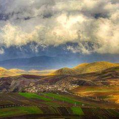 The small City Harsin in Kirmaşan, Iran. Photo by @Kermanshah.tatilat