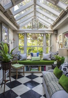 Gorgeous #victorian home in #london designed by #garden designer Butter Wakefield