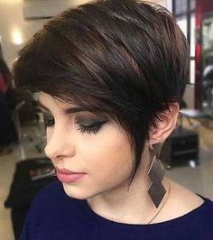 15 popular short hairstyles for round face shape modern pixie