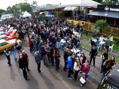 Festival de Outono ocupa rua com cervejas e food trucks