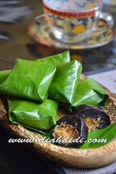 Blog Diah Didi berisi resep masakan praktis yang mudah dipraktekkan di rumah. Breakfast Recipes, Dessert Recipes, Desserts, Food N, Food And Drink, Diah Didi Kitchen, Indonesian Cuisine, Indonesian Recipes, Traditional Cakes