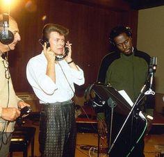 DJ Bowie