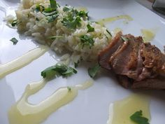Smag for kræs: Sliced andebryst med citron sauce og ingefær ris