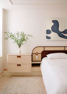 Alvar Aalto, New York City Apartment, Apartment Living, Minimal Apartment Decor, Home Studio, Bed Design, House Design, Design Bedroom, Decoracion Vintage Chic