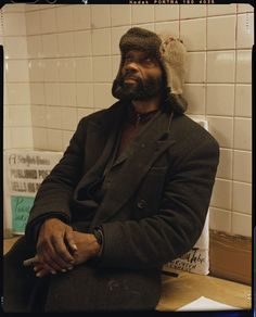 Homeless NYC Photography - This Homeless Photo Series is Moving and Candid (GALLERY)