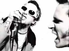 Stop Drop And Roll - Foxboro Hot Tubs (Billie Joe Armstrong/Mike Dirndt also of Green Day)