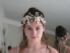 Vintage Flowers and Rhinestone Jewel Tiara Boho Crown Floral Hippie Bride, Boho Bride, Boho Wedding Dress, Vintage Pearls, Vintage Flowers, Hair Vine, Tiaras And Crowns, Bridal Headpieces, Flower Crown
