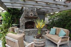 An outdoor fireplace design on your deck, patio or backyard living room instantly makes a perfect place for entertaining, creating a dramatic focal point. Outside Fireplace, Backyard Fireplace, Backyard Patio, Cozy Patio, Large Backyard, Outdoor Rooms, Outdoor Living, Outdoor Decor, Outdoor Lounge