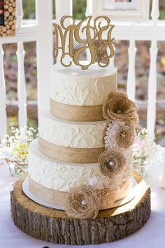 Rustic Burlap and Lace Wedding Cake / http://www.deerpearlflowers.com/rustic-wedding-details-and-ideas/2/
