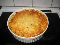 Makaronilaatikko lihaliemellä - Kotikokki.net - reseptit Macaroni And Cheese, Ethnic Recipes, Food, Mac And Cheese, Eten, Meals, Diet