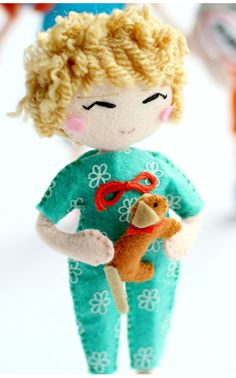 Here's little Molly. How about a selfie art doll? This cutie is Emma's youngest daughter :) Click here now: http://www.whisperofthepipit.com/collections/selfie-dolls or re-pin for later