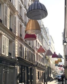 Lampshade filled streets for Paris Deco Off 2017.