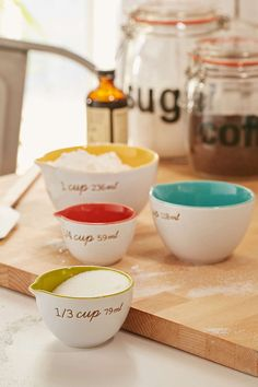 Ceramic Measuring Cups Set - Urban Outfitters