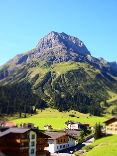 Omeshorn, der Hausberg von Lech am Arlberg aufgenommen im Sommer 2014