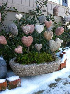 Hypertufa hearts from Farmbrook Designs