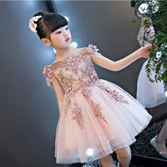 Off the Shoulder Formal Dress Party Appliques Flower Girl Dresses for Wedding Knee Length Ball Gown Princess Dress Evening Baby Girl Party Dresses, Girls Easter Dresses, Girls Dress Up, Gowns For Girls, Dresses Kids Girl, Birthday Dresses, Dress Party, Flower Girls, Flower Girl Dresses