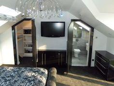 grey black and maroon bedroom | Black gloss bedroom with open walk-in wardrobe and opposite en-suite ...