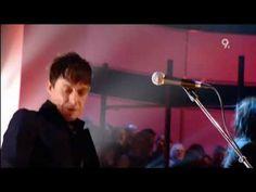 The Kills - Cheap And Cheerful (Live Jools Holland 2008).avi