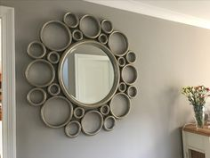 Large circle mirror - DIY inspiration using embroidery hoops or PVC. Marvel Wallpaper, Black Wallpaper, Gold Starburst Mirror, Large Circle Mirror, Diy Projects Room, Pooja Rooms, Diy Mirror, Wood Wall Decor, Painted Doors
