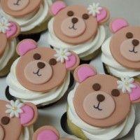 Auntie bea's Bakery… bear cupcake idea… no flower though… wizard of oz theme