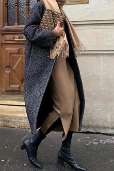 minimalistische Outfit-Ideen für den Herbst – minimalist outfit ideas for fall – from # the # F is the too the # outfitıde Mode Outfits, Winter Outfits, Fashion Outfits, Dress Winter, Winter Shoes, Fashion Ideas, Fashion Clothes, Fashion Dresses, Winter Clothes