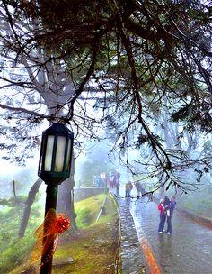 Farol del Parque Nacional Waraira Repano,ubicado en la cima del monte Avila, un adorno muy especial de este querido lugar, Caracas, Venezuela