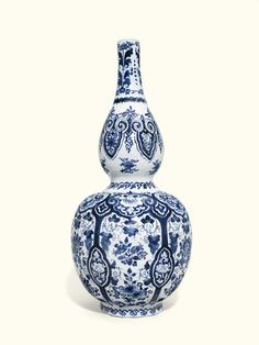 A large Dutch Delft blue and white double gourd shaped vase, circa 1700 | Lot | Sotheby's