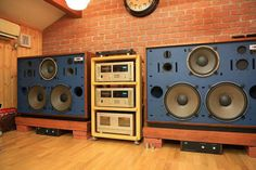 JBL ONKYO ACCUPHASE