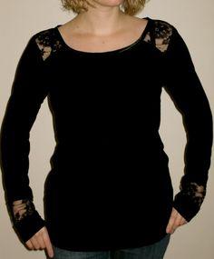 Déclinaison du top n°1 du magasine Ottobre en un basique chic en jersey noir et dentelle.